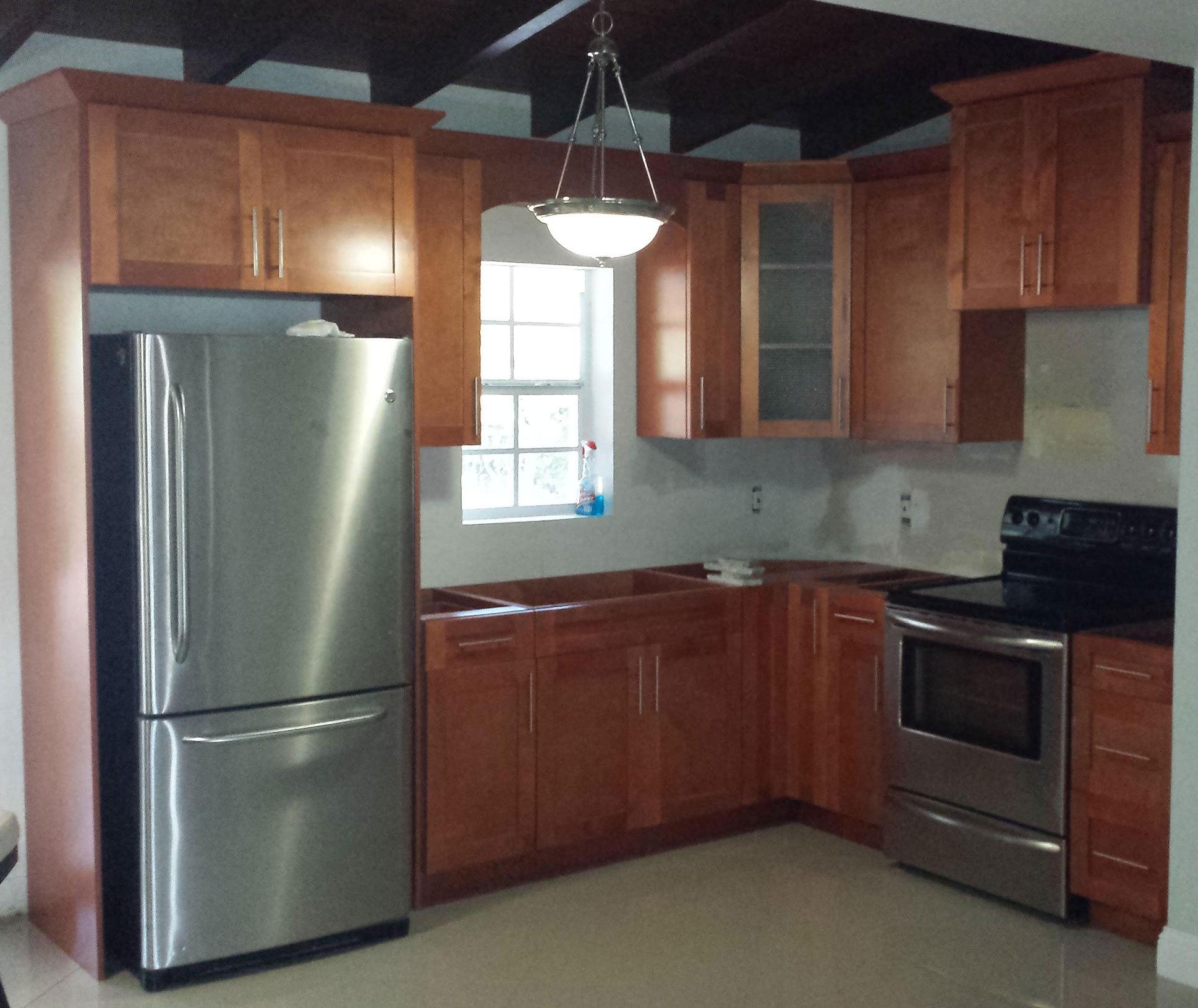 Kitchen Cabinets Hialeah